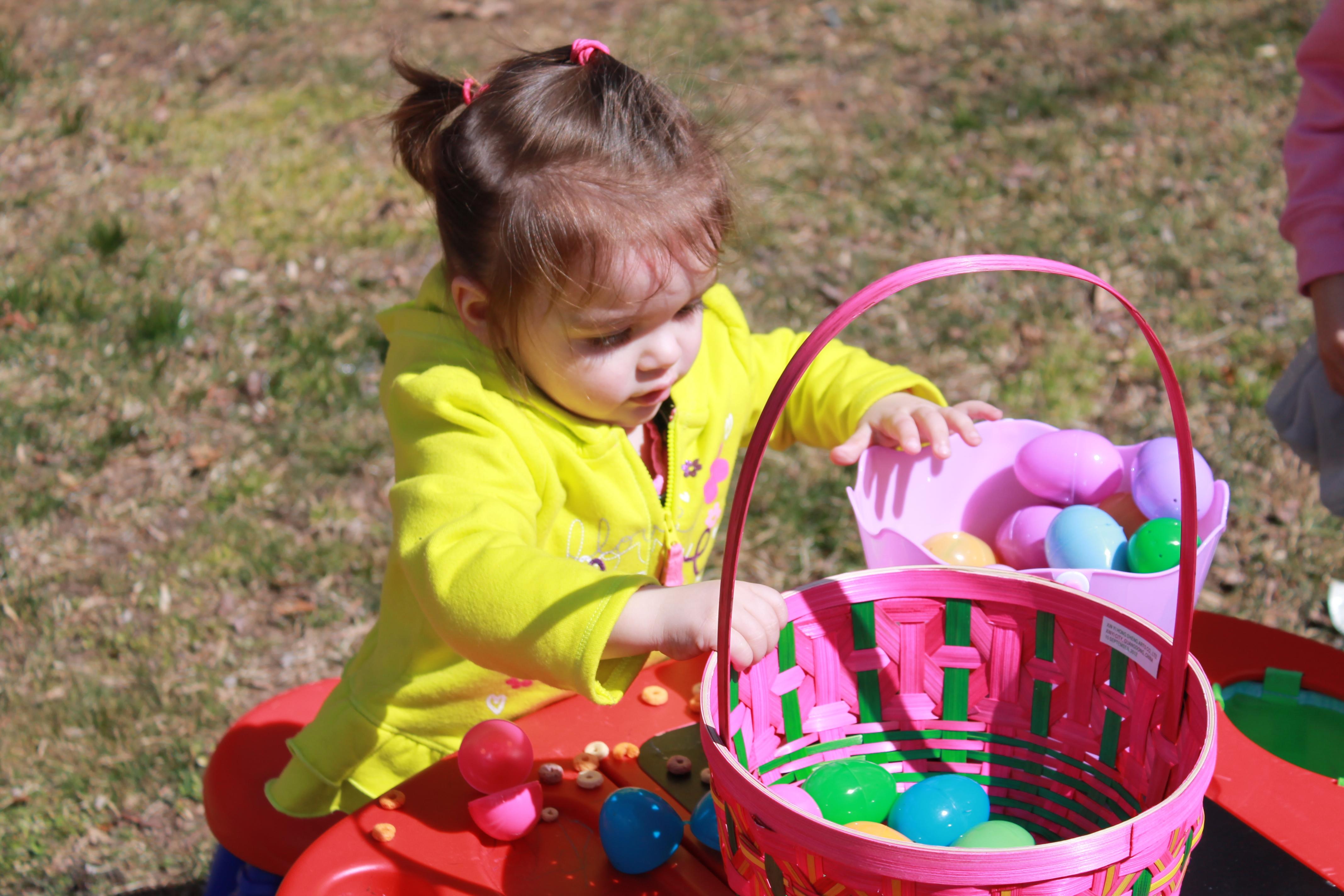 Sweetbriar Nature Center Egg Hunt