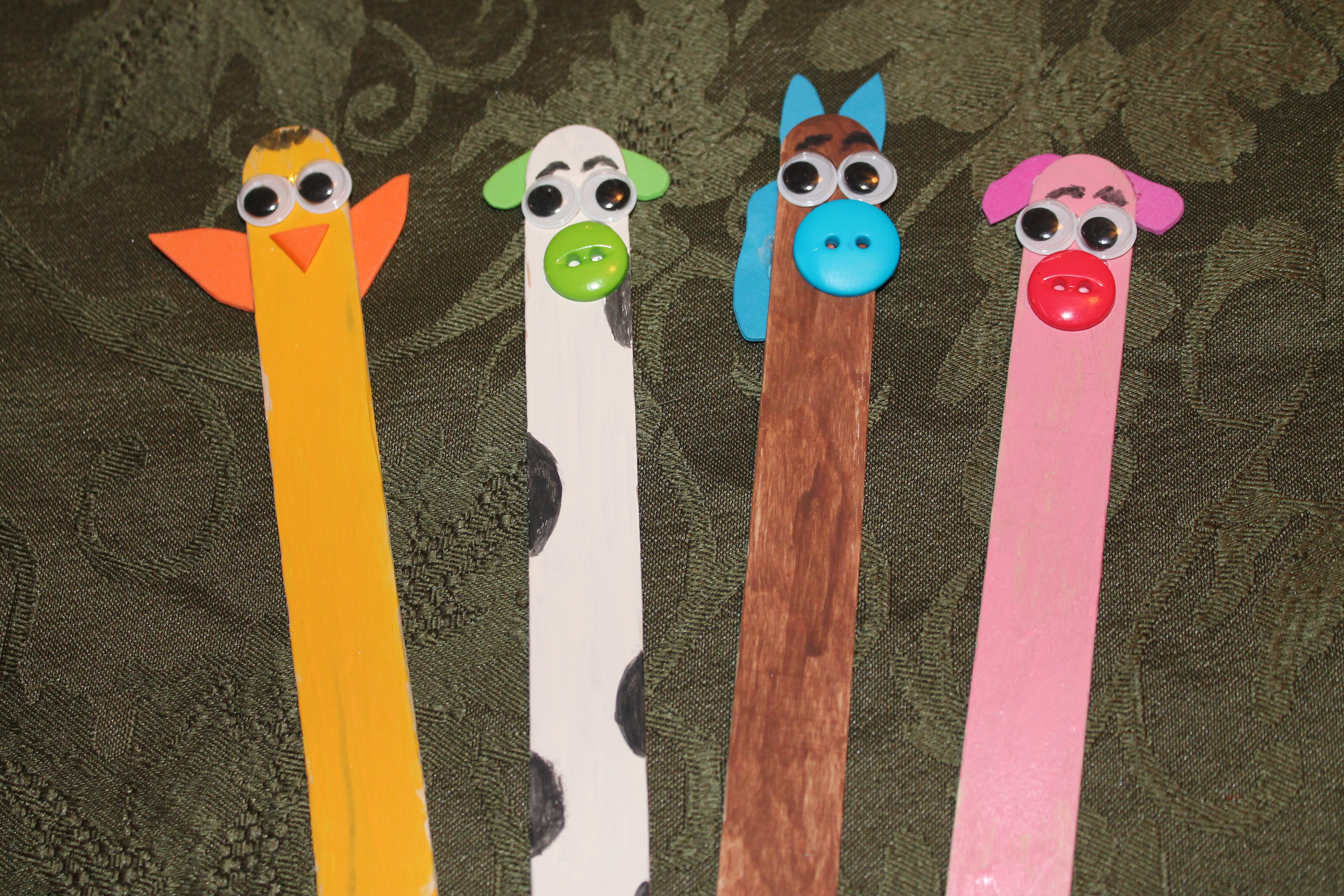Animal popsicle sticks momeefriendsli for Crafts made with popsicle sticks