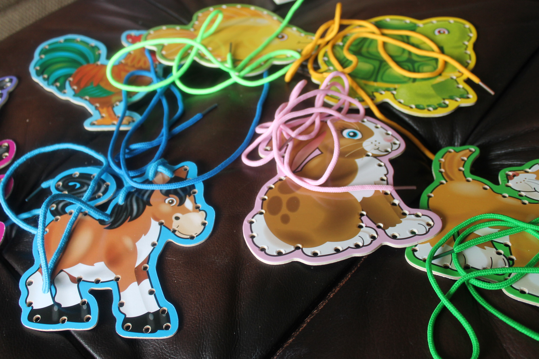 Melissa Amp Doug Lace Amp Trace Pets And Farm Animals
