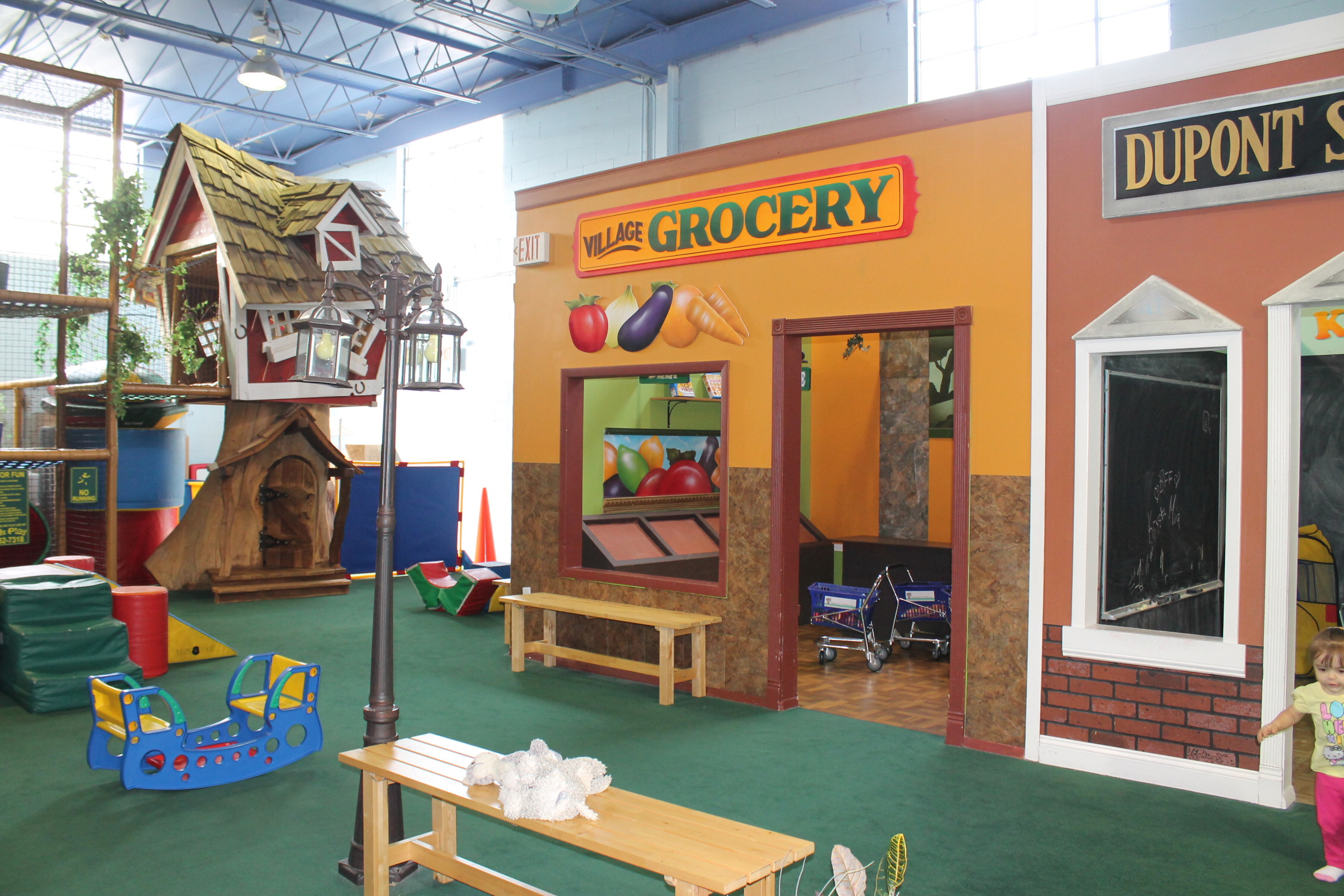 Places Kids Eat And Play
