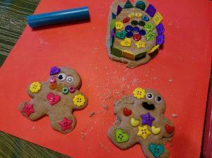 gingerbread-playdough-11