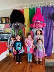trolls-and-kids