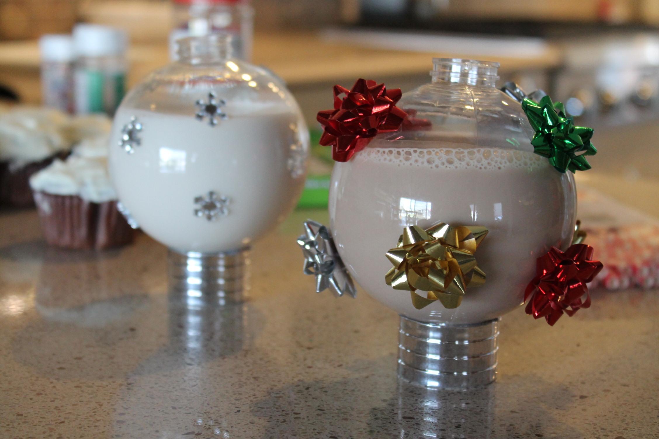Festive Christmas Holiday Drinking Cup  momeefriendsli