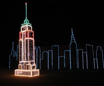 holiday light show EmpireStateBuilding (1)